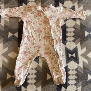Rose and ribbon button down sleeper